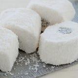 椰子面包屑的拉哈特lokum 库存图片