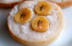 椰子香蕉蛋糕 库存图片