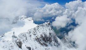 楚格峰山全景  库存照片