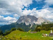 楚格峰的看法从奥地利的 免版税图库摄影