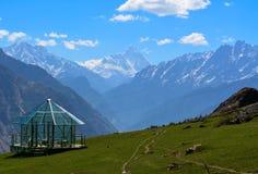楠达德维山峰顶在北阿坎德邦,印度 免版税库存照片