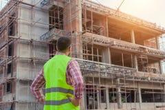 楼房建筑站点的工程师建筑师 库存图片
