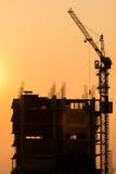 楼房建筑起重机 免版税库存照片