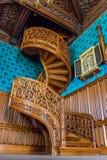 楼梯从一个雕刻了一棵树在Lednice城堡 库存图片