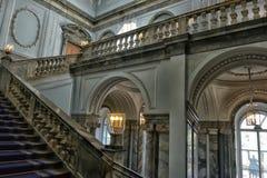 楼梯大理石宫殿 免版税库存照片