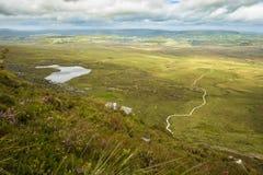 楼梯的看法对天堂的从上面的Cuilcagh山的 库存照片