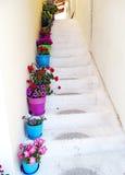 楼梯achitecture细节在建立希腊的旅馆里 免版税库存照片