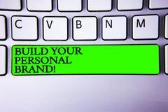概念性手文字陈列修造您的个人品牌诱导电话 陈列企业的照片创立成功的公司 免版税库存照片