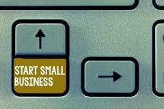 概念性手文字陈列起动小企业 企业照片陈列的令人想往的企业家新的事业 免版税库存照片