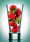 概念性草莓的汁 免版税库存图片