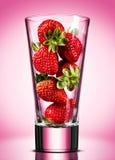 概念性草莓的汁 图库摄影