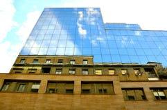 概念新老都市 免版税库存照片