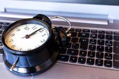 概念时间在计算机 图库摄影