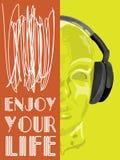 概念音乐的盖子 人听的音乐的抽象传染媒介与耳机 免版税库存图片