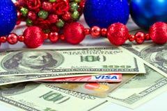 概念:圣诞节礼物塑料的付款拟订签证和 免版税库存图片