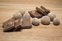 榛子和巧克力12 库存图片