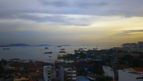 槟榔屿,马来西亚港口,日落的 鸟瞰图 股票录像