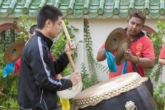 槟榔岛马来西亚中国新的肯定,狮子danse鼓 免版税库存照片