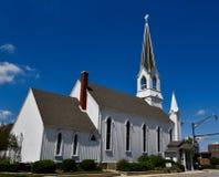 槭树街道教堂 免版税库存照片