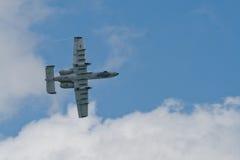 樟宜,新加坡- 2月6,2010 :美国空军A-10雷电II战斗机 免版税库存图片