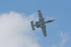 樟宜,新加坡- 2月6,2010 :美国空军A-10雷电II战斗机 库存图片