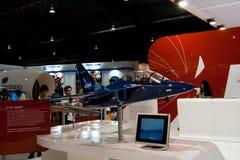 樟宜,新加坡- 2月6,2010 :Aermacchi M-346 `大师`模型 免版税库存照片