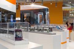 模型在陈列在第二欧亚国会和陈列ExpoCityTrans-2012训练 库存图片