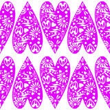 模式无缝的向量 与特写镜头装饰紫罗兰色心脏的对称背景 库存图片