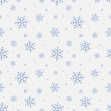 模式无缝的雪花 冬天与降雪的季节背景 圣诞节和新年假日印刷品 免版税库存照片
