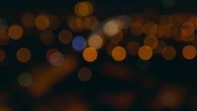 模糊的 夜街道天线  影视素材