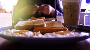 模糊,被烧的早餐,煎蛋 库存图片