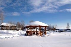 横向农村冬天 库存照片