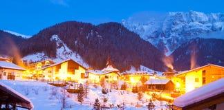 横向山冬天 免版税图库摄影