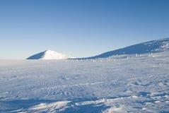 横向山冬天 免版税库存照片