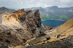 横向山岩石火山通配 免版税库存照片