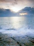 横向岩石海运 免版税图库摄影