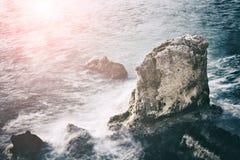 横向岩石海运 库存图片