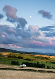 横向房子月亮ashton 库存照片