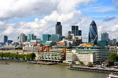 横向晴朗的伦敦 库存图片