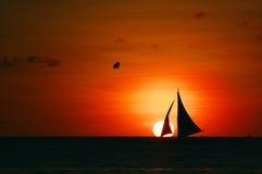 横向海洋日落 库存照片