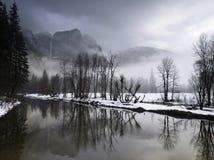 横向谷冬天优胜美地 免版税库存图片
