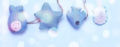 横幅装饰套纺织品在一个海洋样式戏弄,手工制造 免版税库存图片