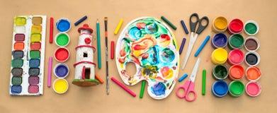 横幅A套创造性和图画爱好的材料 库存图片