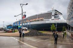 横渡大西洋的远洋班轮RMS玛丽皇后2 库存照片