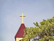 横渡屋顶基督徒 库存图片