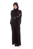 横渡的阿拉伯妇女胳膊 库存照片