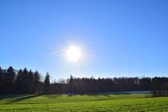 横渡2的太阳 免版税库存图片