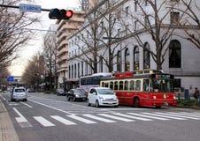 横滨都市风景  在街道上的运输 库存照片
