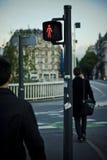 横穿步行者 库存图片