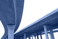 横穿高速公路 免版税库存图片